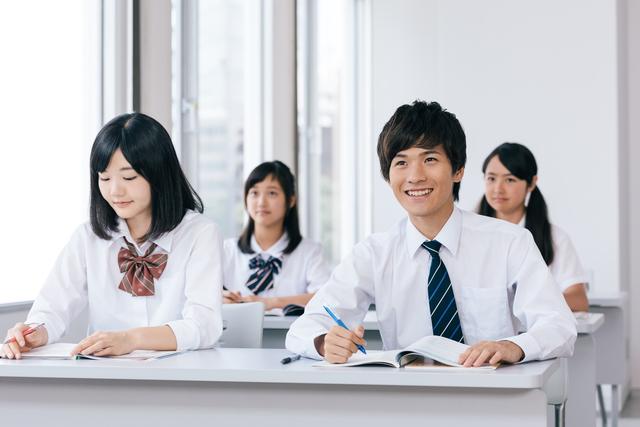 不登校中学生_高校_通信制高校