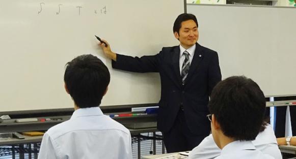 興学社高等学院_授業風景